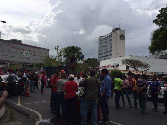 Protestan en la Asamblea Nacional por casos de corrupción