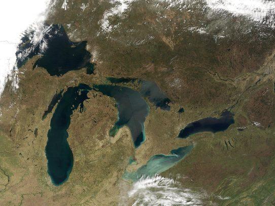 Salinidad en lagos norteamericanos podría alterar ecosistemas