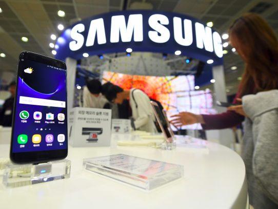 La venta de smartphones cae en el trimestre y Samsung sigue liderando