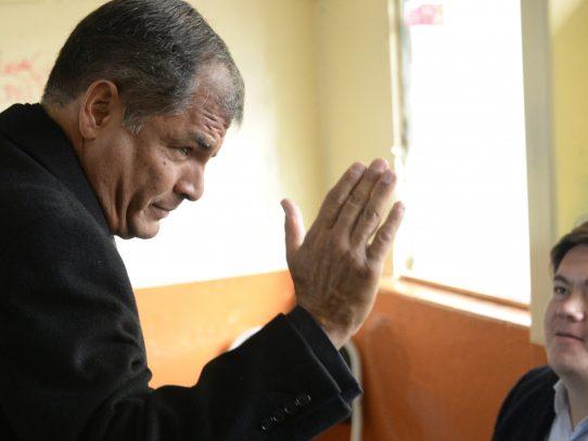 """Correa: balotaje en Ecuador es """"decisivo"""" para América Latina"""
