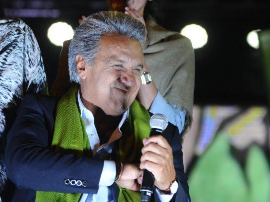 """Con resultados """"irreversibles"""" Consejo Electoral anuncia triunfo de Moreno"""