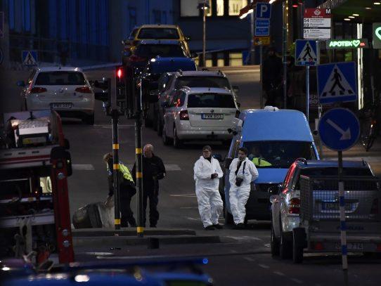 Cuatro muertos, un detenido y 15 heridos tras atentado en Estocolmo
