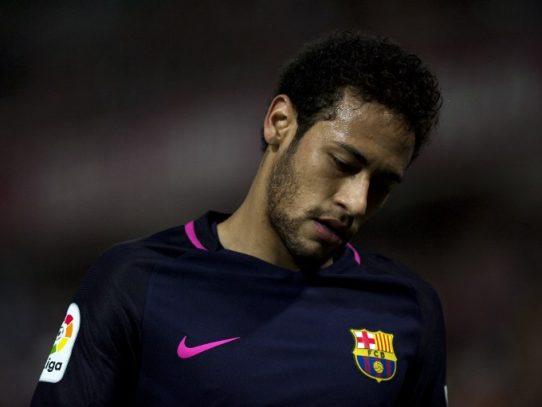Neymar se perderá por sanción el Clásico contra el Real Madrid