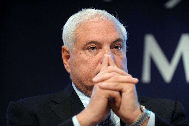 Martinelli es notificado en Miami por Consulado de Panamá