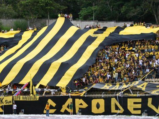 Reprimen a los asistentes al clásico del fútbol venezolano con Lacrimógenas