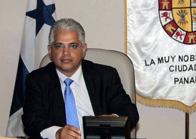 Alcalde Blandón en medio de polémica por los impuestos de inmuebles