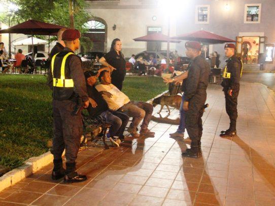 Agente del SPI hiere a turista en confuso incidente en Casco Antiguo