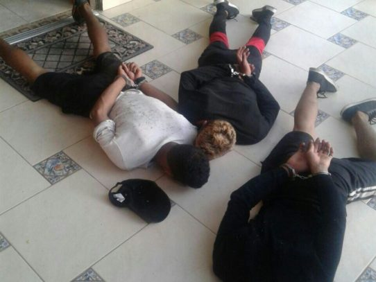 Policía frustra robo en residencia de las Cumbres