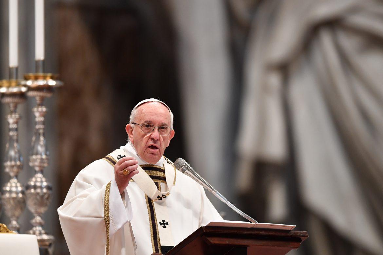 """El papa pide el fin del """"exterminio"""" en Siria y """"reconciliación"""" en Tierra Santa"""