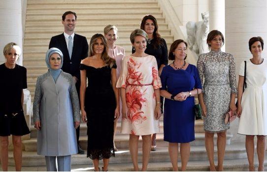 Primer gay entre las primeras damas del G7