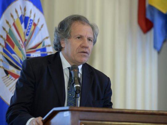 """Jefe de OEA advierte a militares venezolanos contra """"crímenes de lesa humanidad"""""""