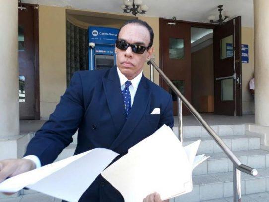 Los diputados Araúz y Prado denunciados ante la CSJ por Moncada Luna