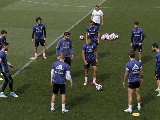 Real Madrid busca una victoria vital para sus aspiraciones ligueras