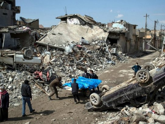 Al menos 81 muertos en ataque aéreo contra colegio en Mosul