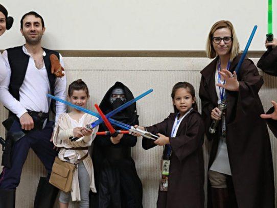 Los fans celebran el 40° aniversario de la saga Star Wars