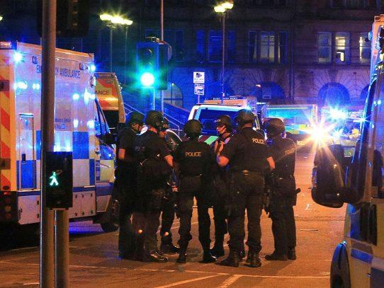 Desmantelan célula responsable de atentado en Manchester