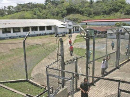 Confirman 6 casos de covid-19 y evalúan otros 4, en cárcel El Renacer