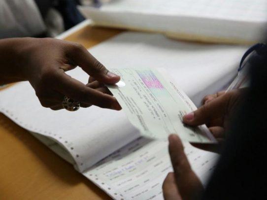 Gobierno adelantará el pago del XIII Mes al próximo 22 de febrero