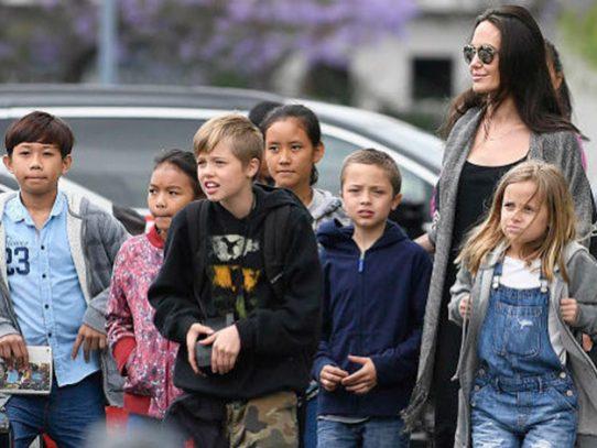 Hija de Angelina Jolie y Brad Pitt inicia su transición como transgénero