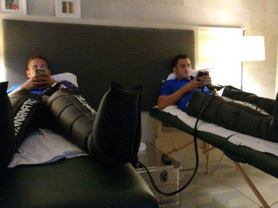 """La """"sele"""" recibe terapia de recuperación tras empate con USA y se alista para Nicaragua"""