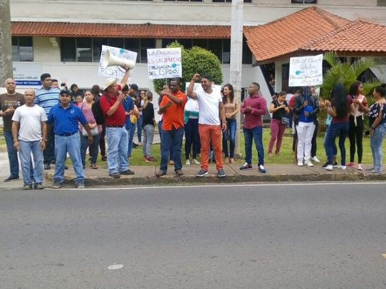 Estudiantes de Udelas protestan, exigen aumento de presupuesto universitario