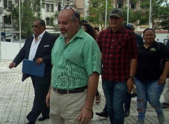 Miembros del CD denuncian a presidente Varela por presuntos vínculos con Odebrecht