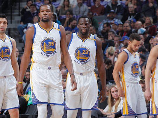 Warriors claman contra Rockets por sus quejas arbitrales