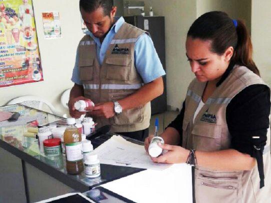 Decomisan productos dietarios sin registro sanitario en Juan Díaz