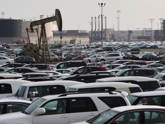 Petróleo abre en alza en Nueva York a 46,74 dólares el barril