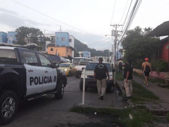 Capturan a 21 personas, decomisan droga, armas y dinero durante operativo en Curundú