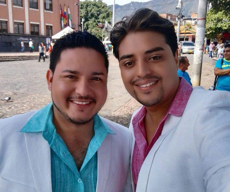 Panameño promotor de matrimonio homosexual se casa en Colombia