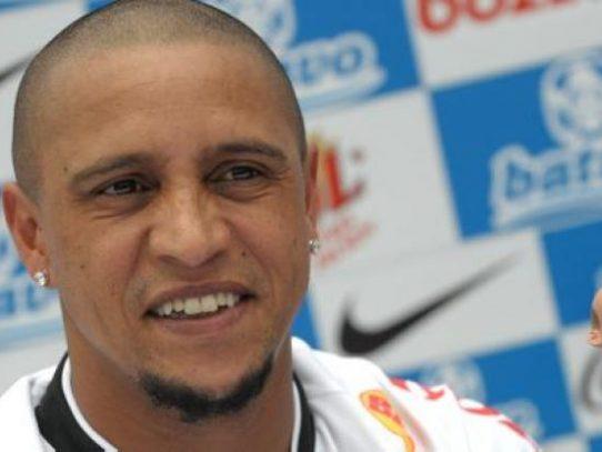 Decretan prisión para el exmadridista Roberto Carlos