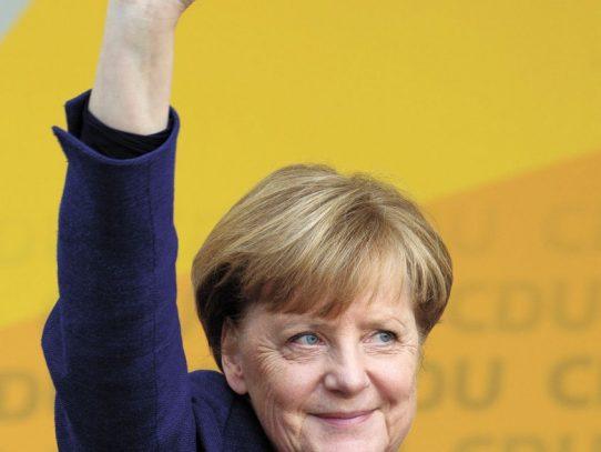 Merkel quiere aumentar restricciones en Alemania por aumento de infecciones de covid-19