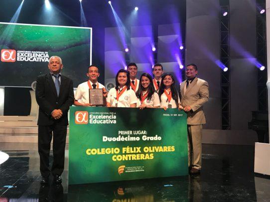 Colegio Félix Olivares Contreras gana 1er lugar en concurso Excelencia Educativa
