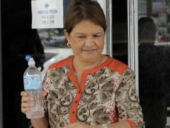 Madre de 'Chichi' De Obarrio beneficiada con fianza de excarcelación de 100 mil dólares