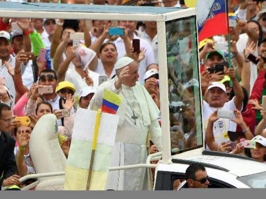"""El papa a Colombia: La paz será un """"fracaso"""" sin reconciliación"""