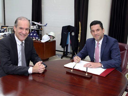 José Fábrega nuevo embajador de Panamá en Francia