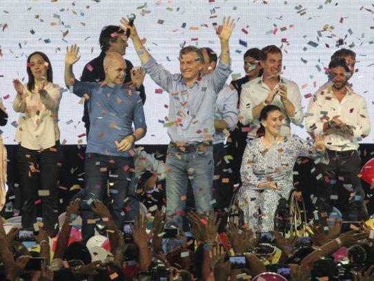 Macri triunfa en las legislativas argentinas con su alianza
