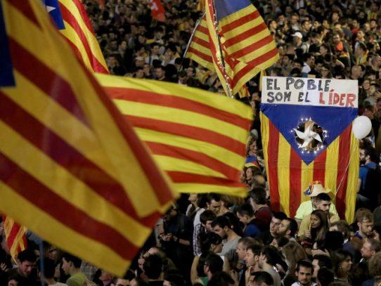 Cataluña ya preocupa más a los españoles que la corrupción