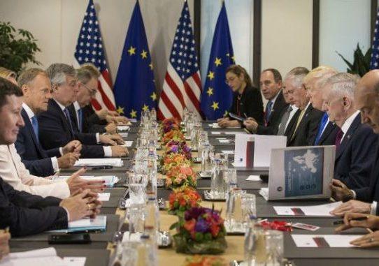 """La UE promete reaccionar a los """"papeles del paraíso"""" tras nuevas revelaciones"""