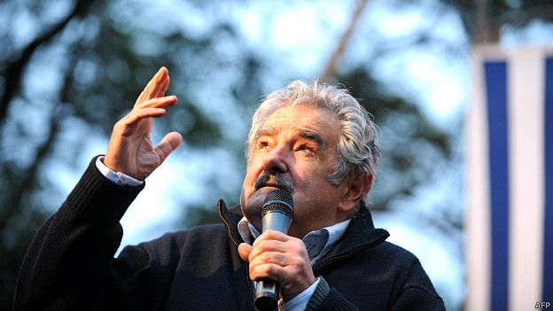 """José """"Pepe"""" Mujica: balas, flores y un mensaje al mundo"""