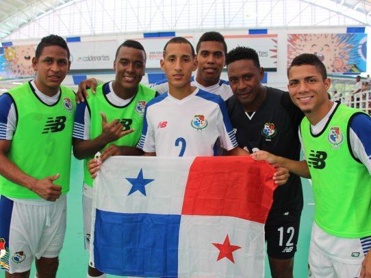 Panamá se despide de los bolivarianos con triunfo ante Perú