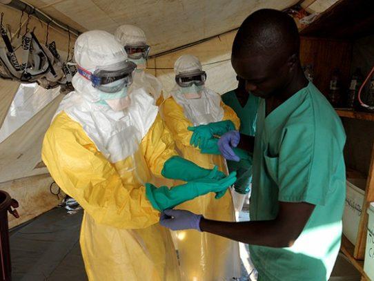El ébola se propaga de RD Congo a Uganda, donde murió un niño
