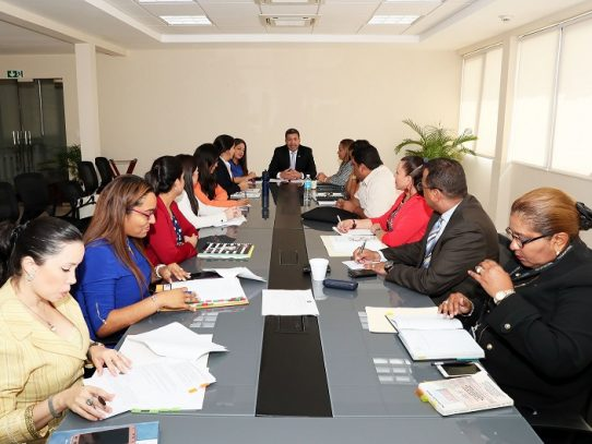 Panamá presentará en enero informes sobre Convención de los Derechos del Niño