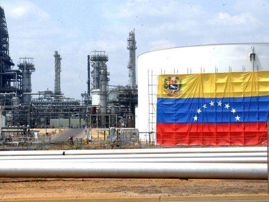 Entidades de DDHH rechazan propuesta de embargo petrolero a Venezuela