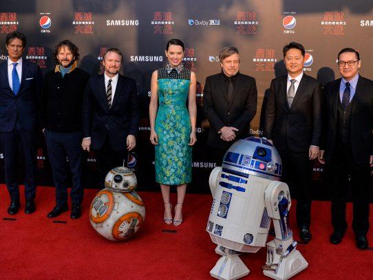 Star Wars suma casi USD 100 millones en taquilla navideña en EEUU