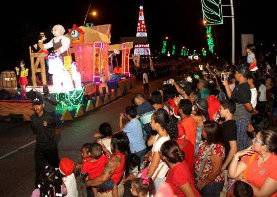 Anuncian plan de seguridad y rutas del desfile de navidad