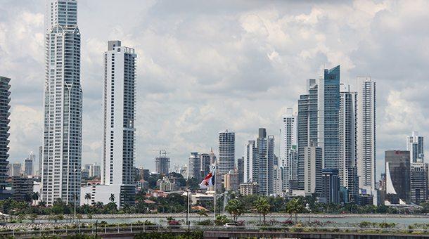 Panamá y Reino Unido dan seguimiento a acciones económicas y financieras