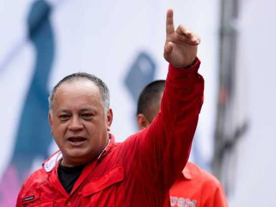 Chavistas marcharán este martes cuando se manifiesta también la oposición
