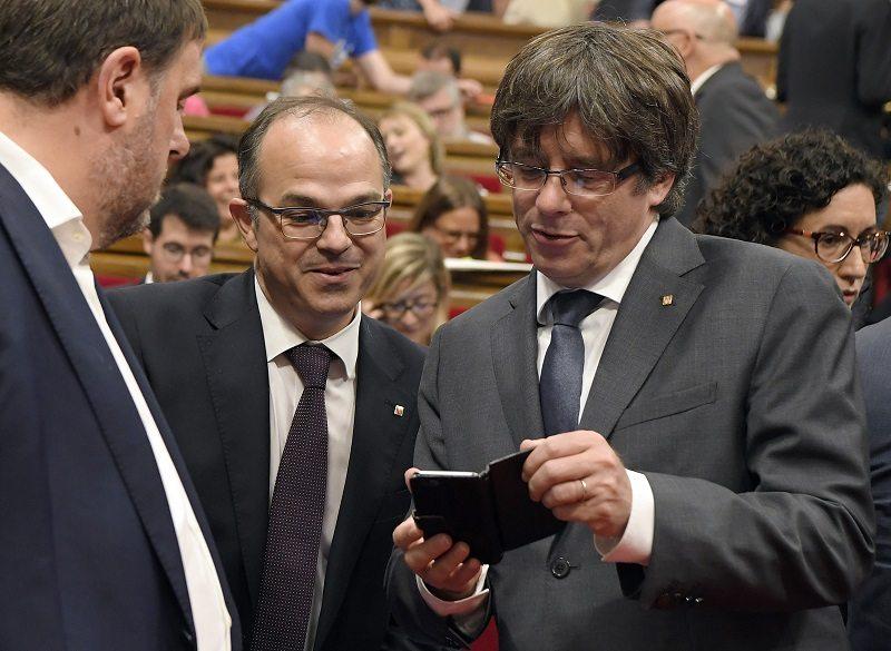 Cataluña bloqueada por la investidura de Puigdemont